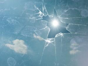 broken-https://pixabay.com/en/broken-glass-sun-clouds-shattered-549087/