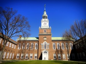 https://pixabay.com/en/dartmouth-college-campus-school-292587/