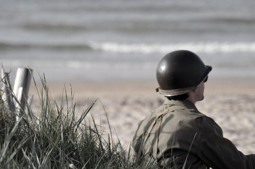 http://pixabay.com/en/soldier-war-normandy-landing-390202/