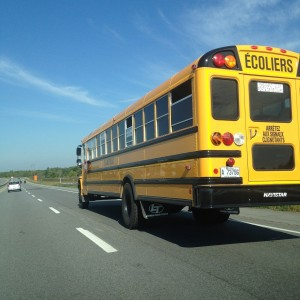 http://pixabay.com/en/school-bus-canada-highway-road-489365/
