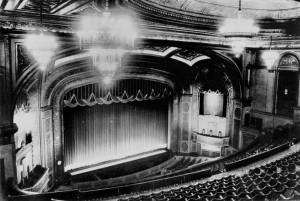 The_Hoyts_Regent_Theatre_ca1955