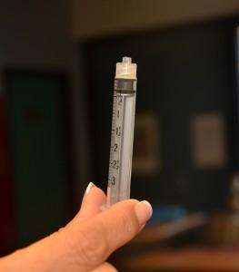 Luer lock needle