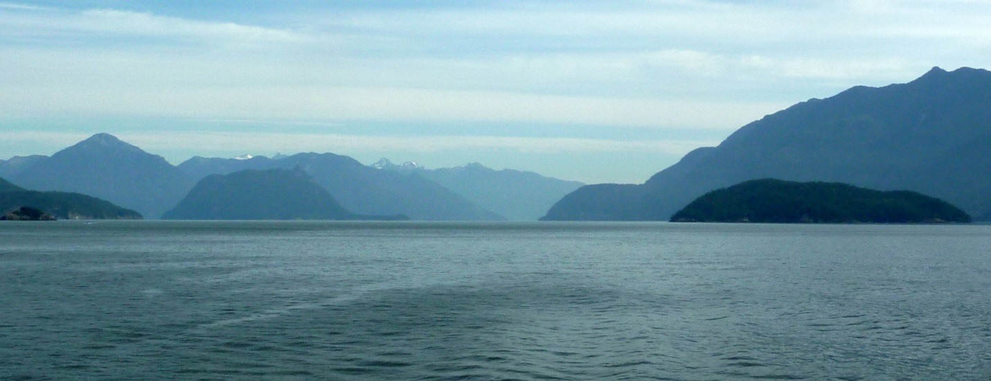 Figure 17.27 Howe Sound, north of Vancouver, is a fiord with well-defined glacial erosion features. [SE]