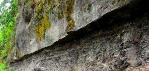 Figure 3.4 Cretaceous-aged marine sandstone overlying mudstone, Gabriola Island, B.C. [SE]