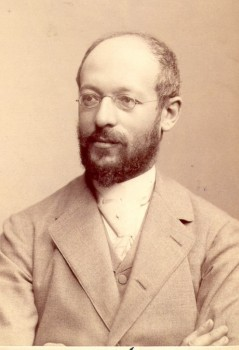 Figure 1.11. Georg Simmel (1858-1918) Wikimedia Commons. (Photo courtesy of Julius Cornelius Schaarwächter/wikimedia commons)