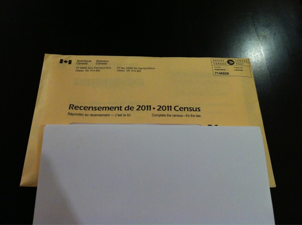Questionnaires for Statistics Canada Census
