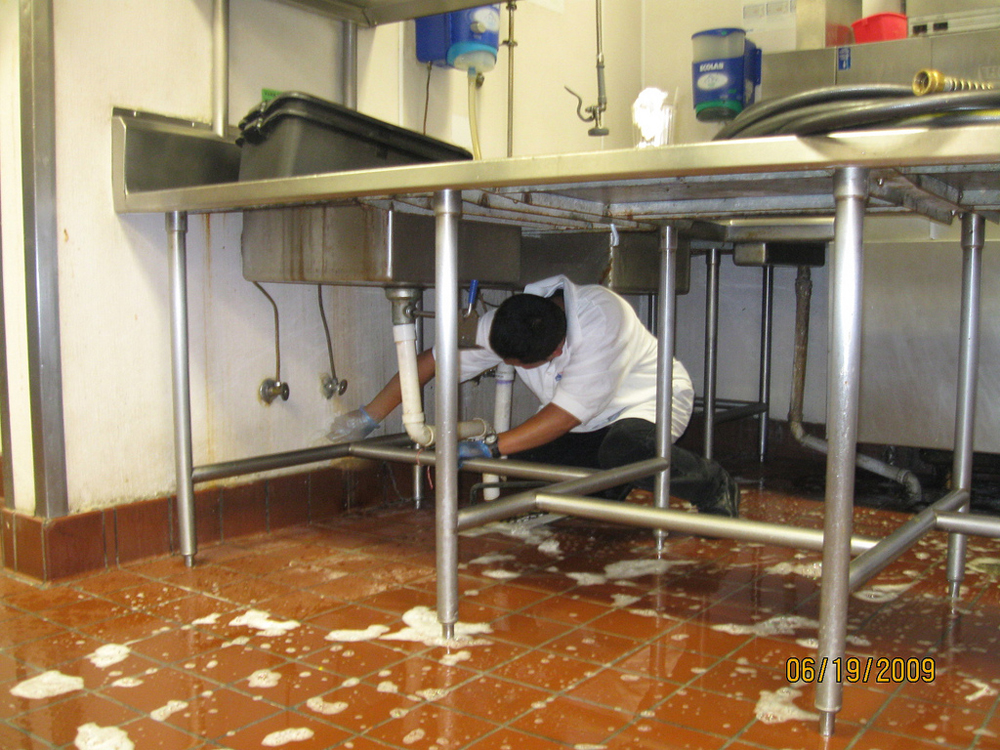 Commercial Kitchen Walls
