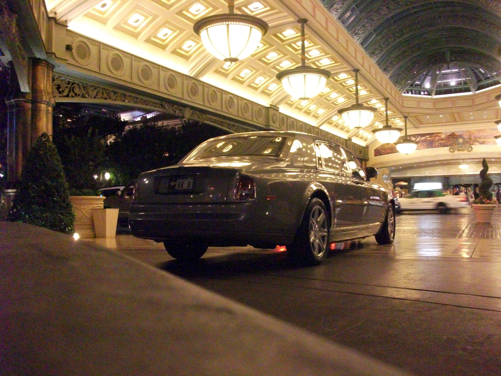 Photo of a Rolls Royce car outside the Bellagio Hotel in Las Vegas, Nevada.