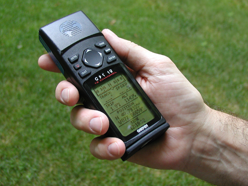 Handheld GPS device
