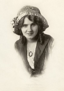 "The daughter of a vaudevillian, Hamiltonian Florence Lawrence is often described as the first ""movie star."""