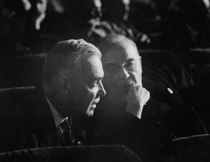 Louis St. Laurent and W.L. Mackenzie King at the UN Conference on International Organization in 1945. (Photo by Nicholas Morant. National Film Board of Canada. Phototheque / Library and Archives Canada / C-022717) http://collectionscanada.gc.ca/pam_archives/index.php?fuseaction=genitem.displayItem&rec_nbr=3193179&lang=eng