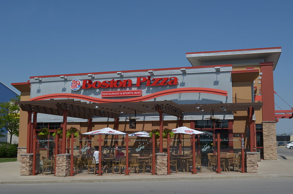 Boston Pizza Restaurant