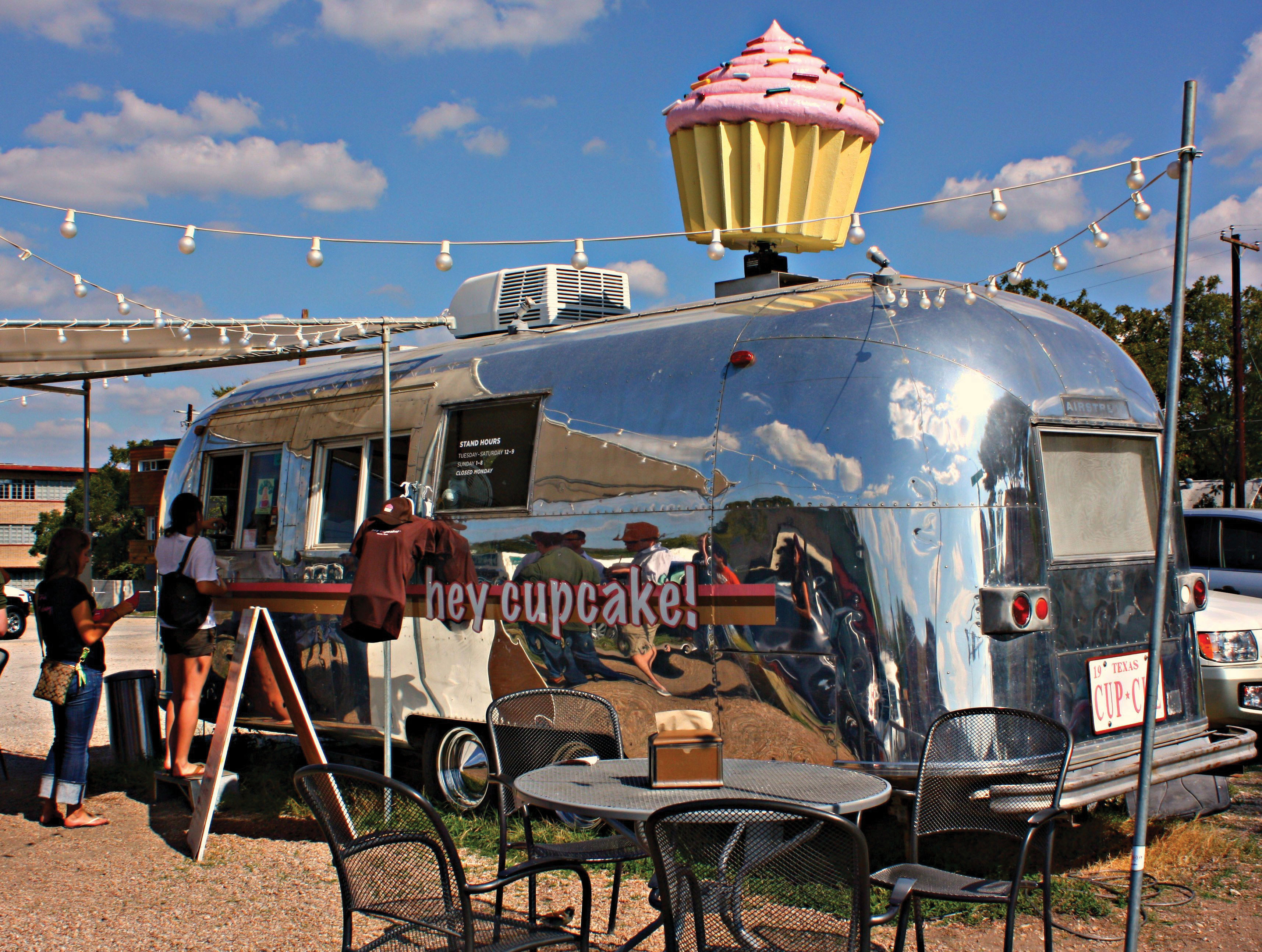 Hey Cupcake! Food Cart